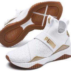 PUMA Women's  Mid Core Shoes